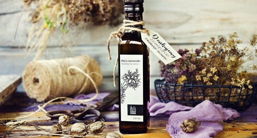 Olej z czarnuszki na zadbaną skórę, włosy i paznokcie